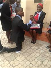 UNIJOS Year One Student Proposing To His Coursemate [Photos]