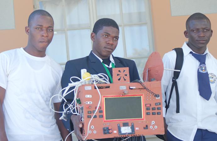 namibian-boy-invents-phone