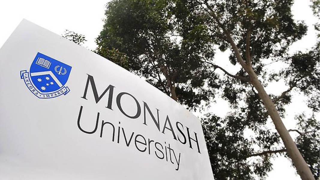 2017/2018 Monash University Malaysia Scholarships for Undergraduate Students