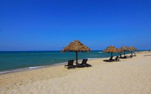 beach-sand-ocean-water