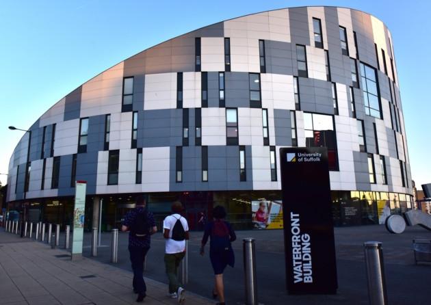 Study in UK: 2018 Undergraduate and Postgraduate International Scholarships at University of Suffolk