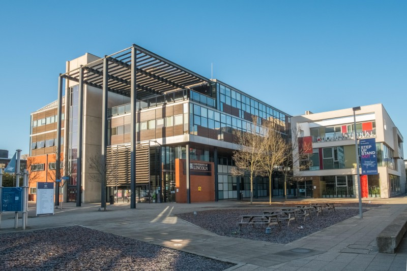 Study in UK: 2018 £5,000 University of Lincoln Scholarships in UK for Ghanaian Students