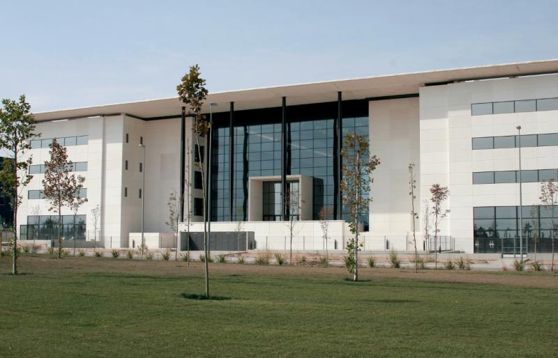 Zaragoza Logistics Center (ZLC)
