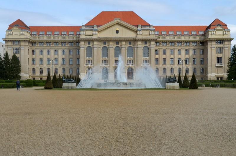 Study in Hungary | Top Universities