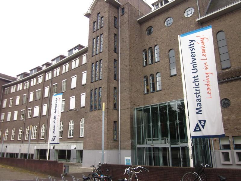 Study in Netherlands: SBE International Business Scholarships at Maastricht University, Netherlands – 2018